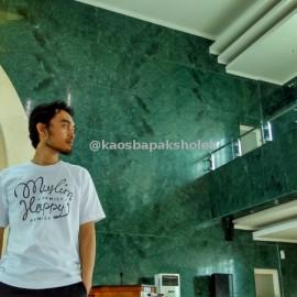 Pemotretan Kaos Muslim Eksklusif Di Masjid UAD