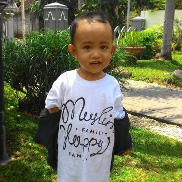 Belajar Kegigihan Menjual Kaos Dakwah Dari Seorang Pemuda