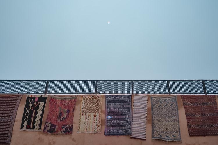 Aneka pilihan karpet khas arab untuk interior rumah, unsplash aples